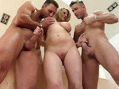 Stunning fair-haired Tammy likes to suck two dicks at the same time