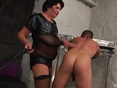Mature Morica Jozserne knows how to amuse her submissive friend