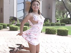 Outdoor flashing and masturbating with amateur brunette Isabel