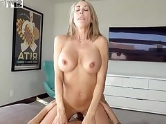 Plowing a big-titted platinum-blonde step- mom senses finer than milking off to the fullest seeing VR porno