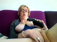 Chubby of age blonde Iveta toying her heavy cunt