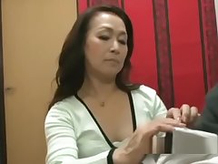 Mature Non-specific Giving Blowjob Beyond everything Her Knees Be advisable for Young Guy Cum To Frowardness Spittin